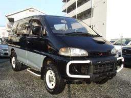 Mitsubishi DELICA SPACE GEAR Exceed1