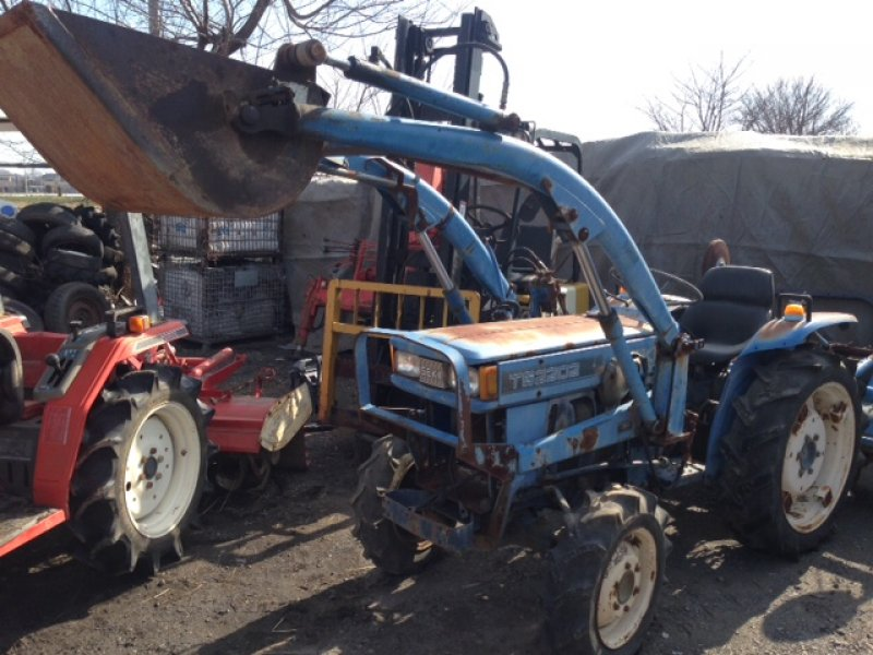 Iseki Tractor Salvage : Iseki tractor ts n a used for sale