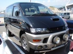 Mitsubishi DELICA SPACE GEAR CHAMOBIX