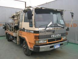 Isuzu forward  CONCRETE PUMP