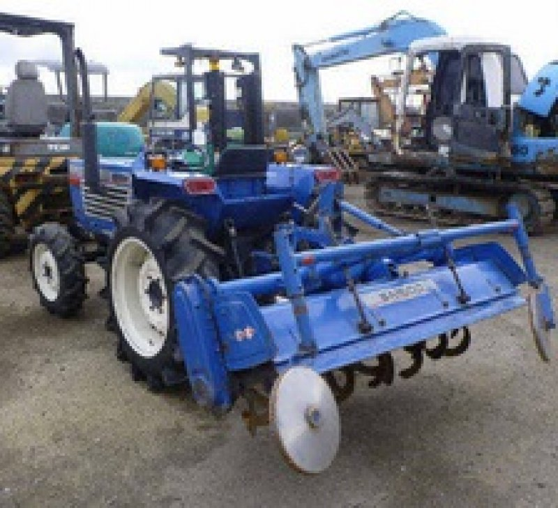 Buying Salvage Cars: Iseki TL2300 , N/A, Used For Sale
