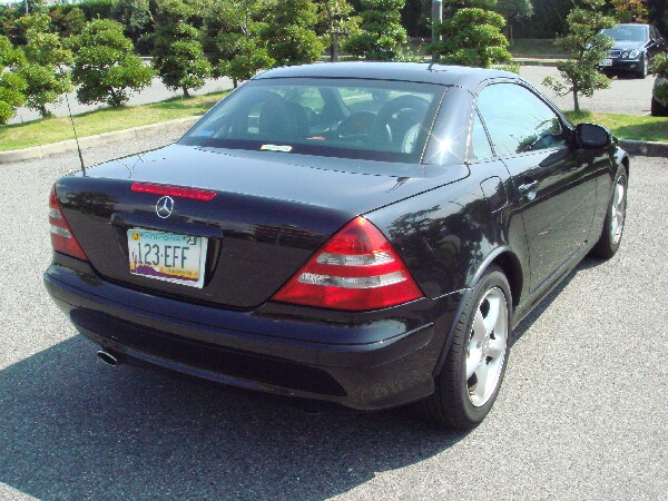 Mercedes slk320 for sale canada for Mercedes benz for sale in canada
