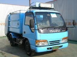 Isuzu ELF garbage truck