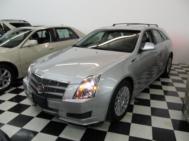 cadillac cts wagon luxury 2010 used for sale. Black Bedroom Furniture Sets. Home Design Ideas
