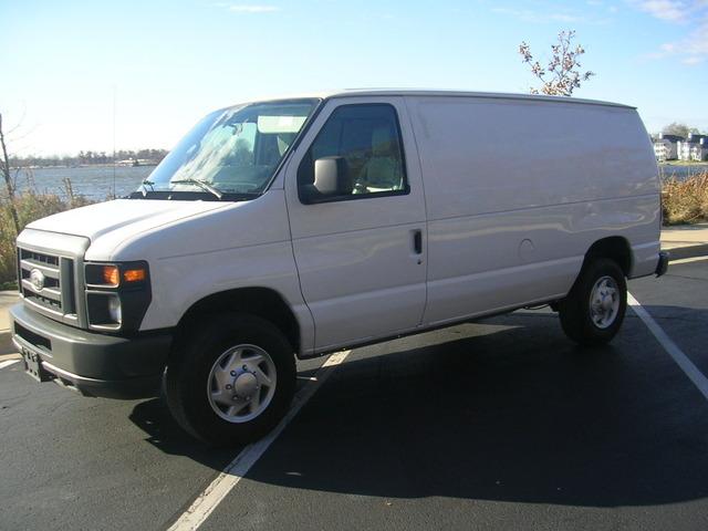 ford econoline cargo van e250 2010 used for sale. Black Bedroom Furniture Sets. Home Design Ideas