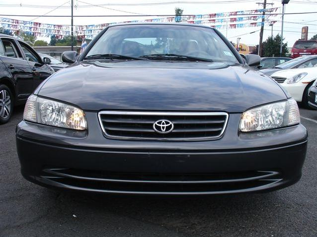 toyota camry le 2000 used for sale. Black Bedroom Furniture Sets. Home Design Ideas