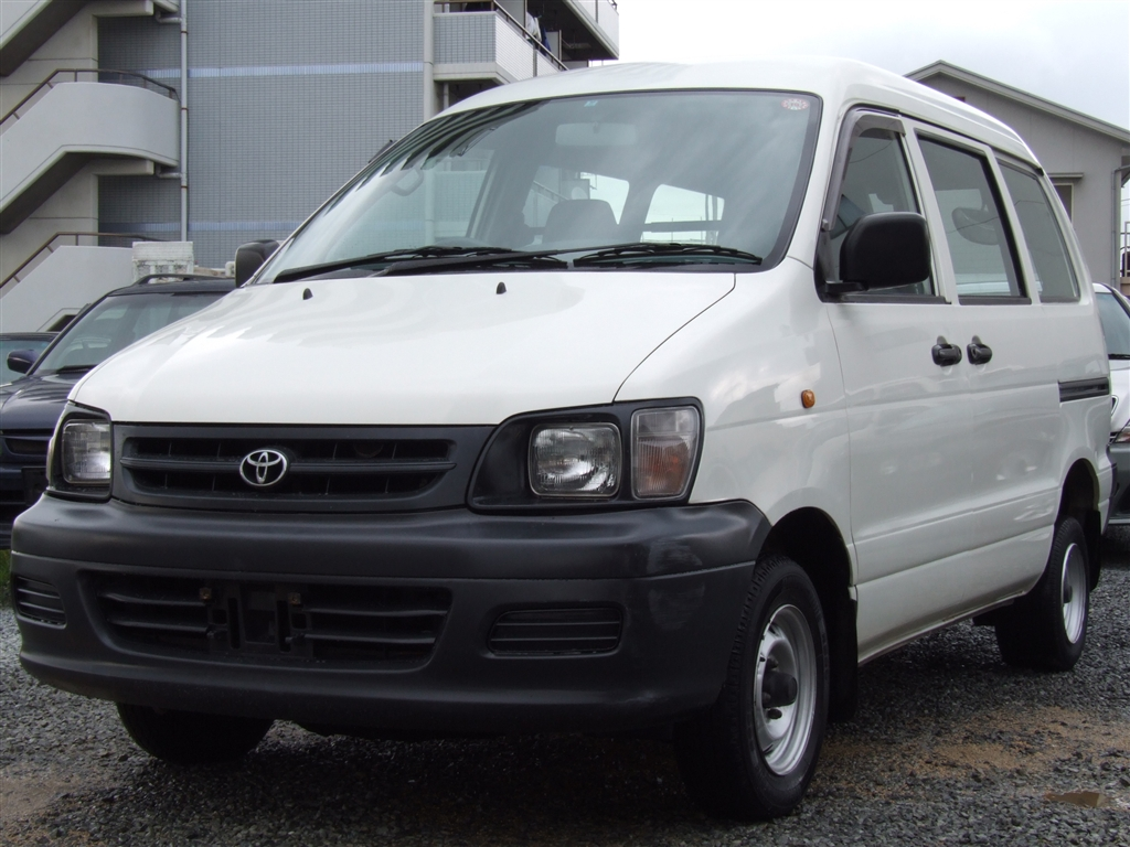 Toyota TownAce DX, 2003, used for sale