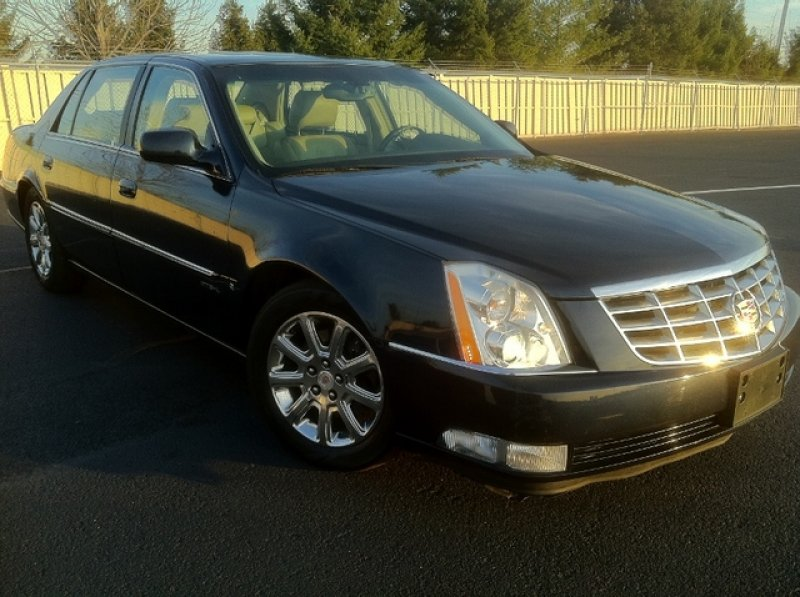 cadillac dts professional coachbuilder 2009 used for sale. Black Bedroom Furniture Sets. Home Design Ideas