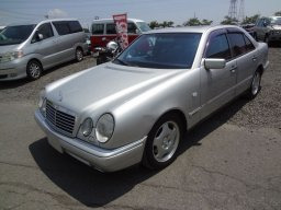 Used Mercedes-Benz E320 Avantgarde