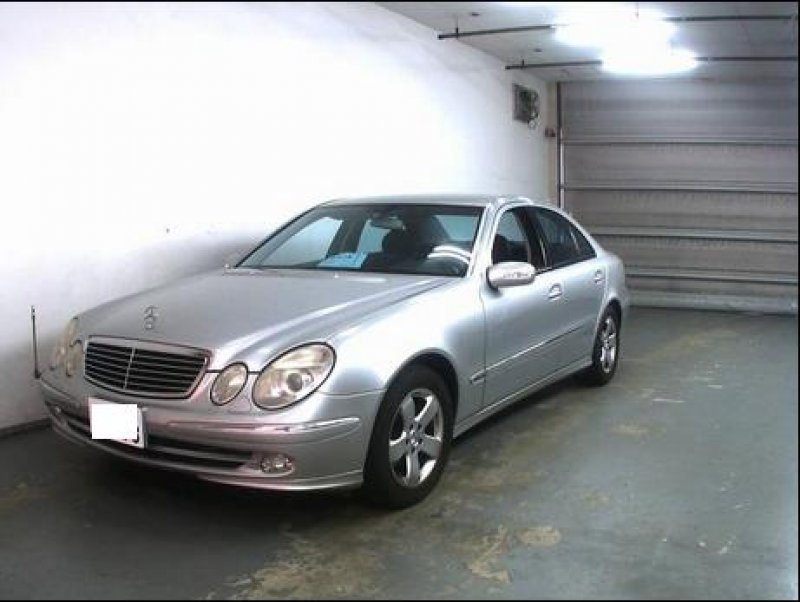 mercedes benz e320 avantgarde 2004 used for sale. Black Bedroom Furniture Sets. Home Design Ideas