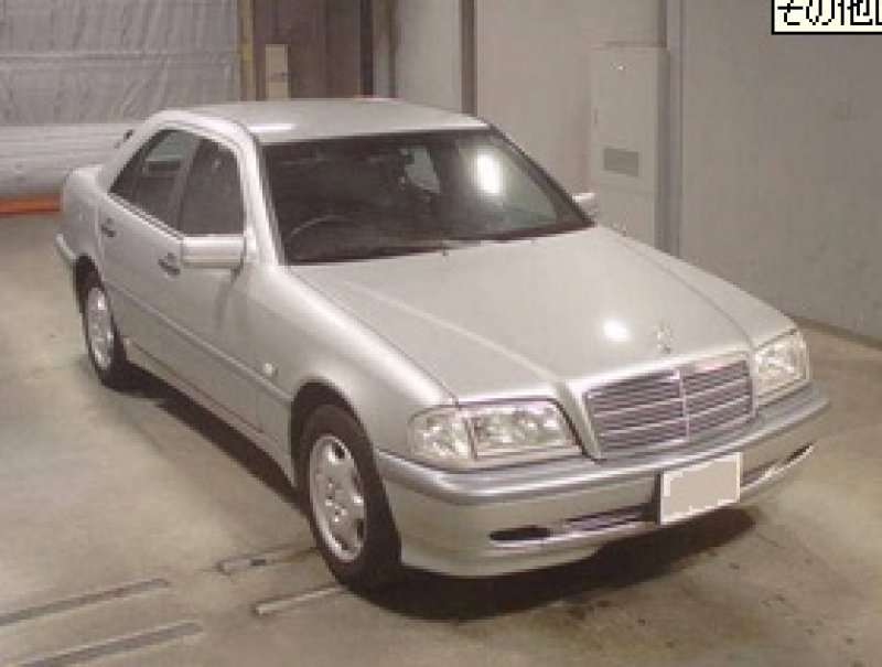 Mercedes benz c200 2000 used for sale for Mercedes benz japan