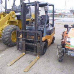 Used Toyota 1.0 TON FORKLIFT