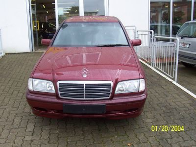 Mercedes benz c 180 2000 used for sale for Mercedes benz 745