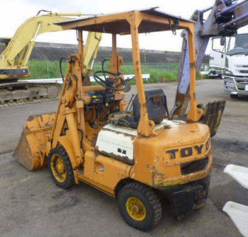 Buying Salvage Cars: Toyota SHOVEL LOADER SD7, N/A, Used For Sale