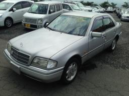 Used Mercedes-Benz C200Elegance