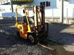 Used Toyota 1.5 TON FORKLIFT
