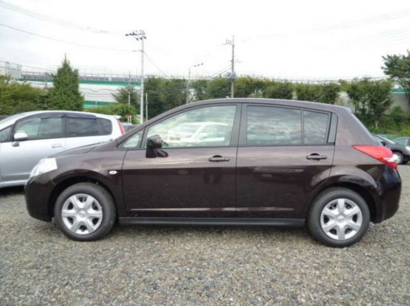 Toyota Tiida 15m 2010 Used For Sale