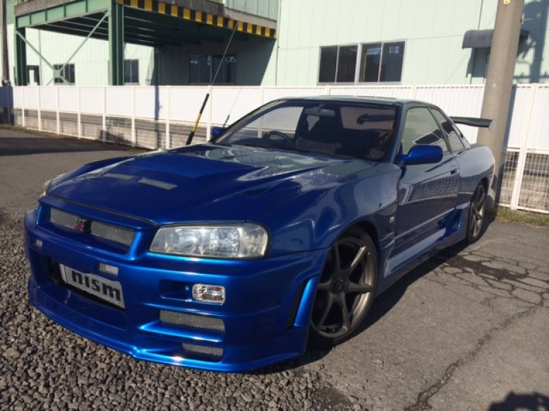 Nissan Skyline R32 GTR with R34 front facelifting